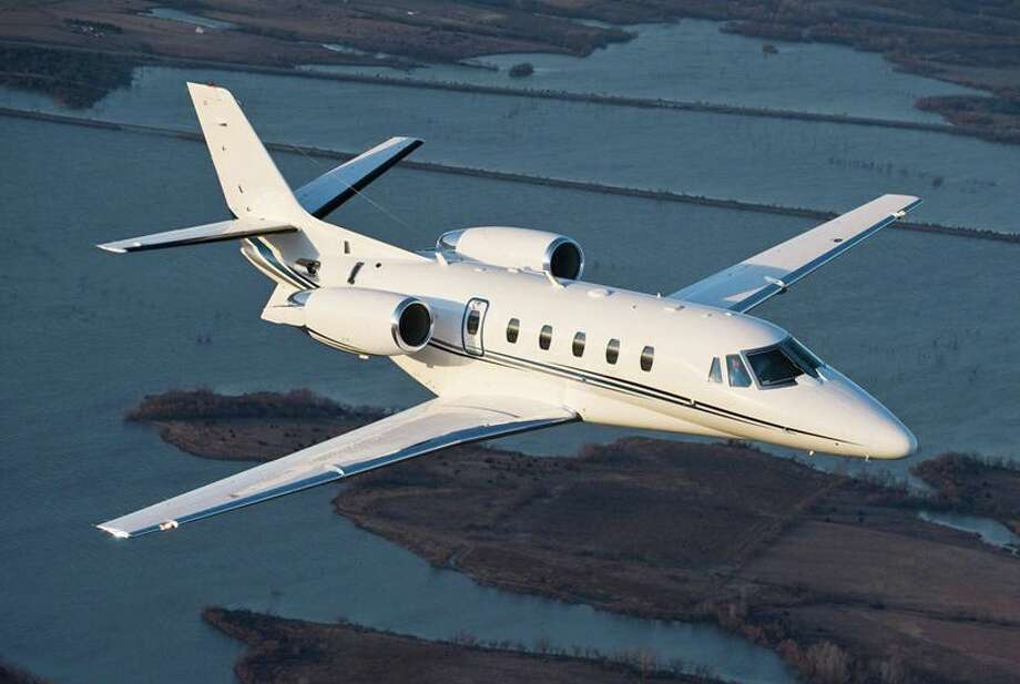 How Much Does It Cost To Fly On A Private Jet Houston Chronicle