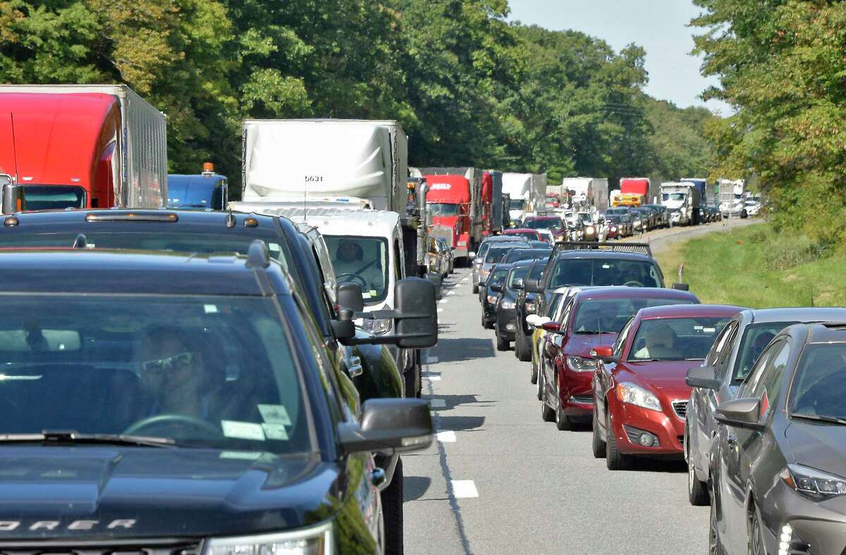 Southbound traffic jams up north of the Twin Bridges Thursday Sept. 27, 2018 in Clifton Park, NY. (John Carl D'Annibale/Times Union)