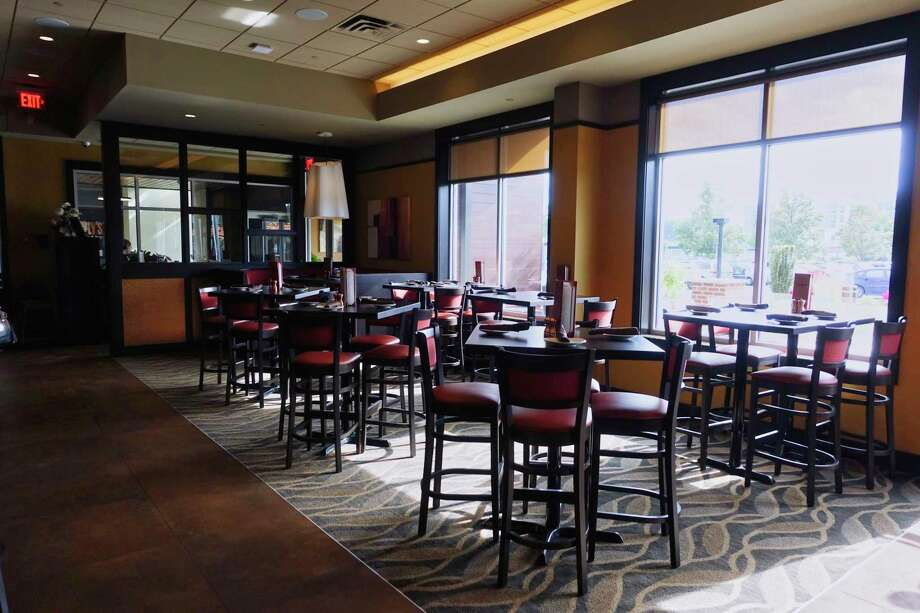 A view of the inside area at 110 Grill at Crossgates Mall on Thursday, Sept. 20, 2018, in Guilderland, N.Y.   (Paul Buckowski/Times Union) Photo: Paul Buckowski / (Paul Buckowski/Times Union)