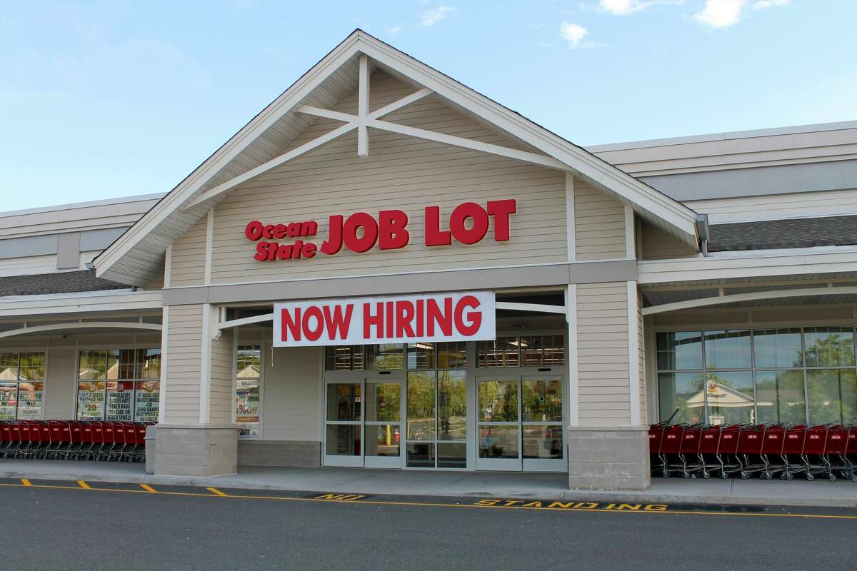 Ocean State Job Lot is planning to add a store in the Hudson Valley Plaza in Troy in 2018.