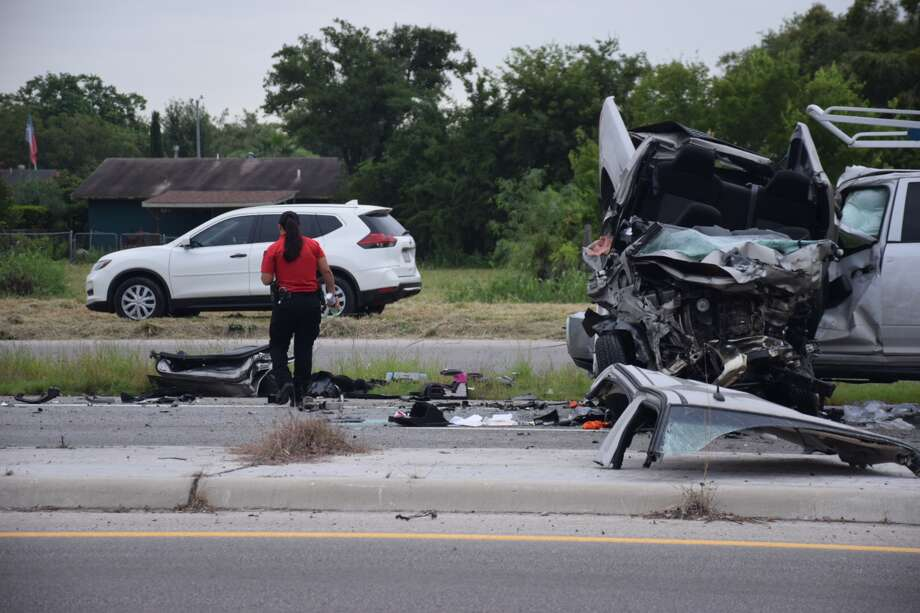 1 killed, 1 injured in head-on crash on Southwest Side - San