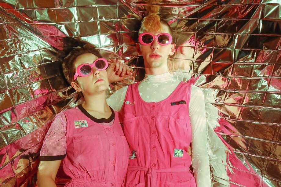 81bc8dfeb3d9 Premiere  Houston synth-pop duo Space Kiddettes gets into  Low ...
