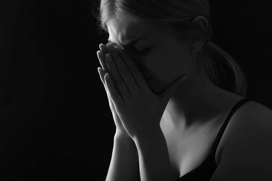 A family is dealing with a suicide. Photo: Bymuratdeniz/Getty Images/iStockphoto