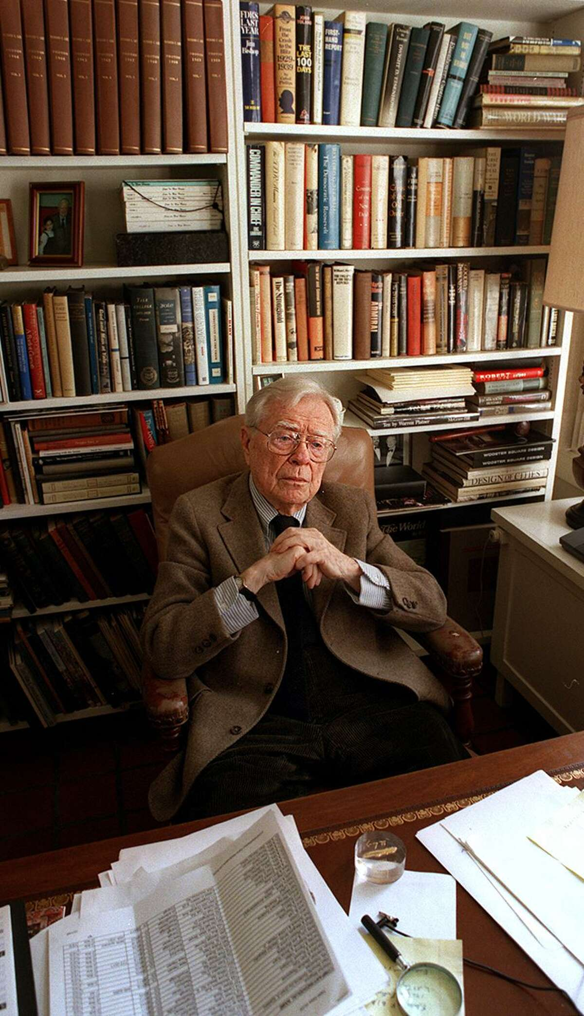 The now late former Mayor Richard C. Lee at home in New Haven during an interview with the Register in 1998.