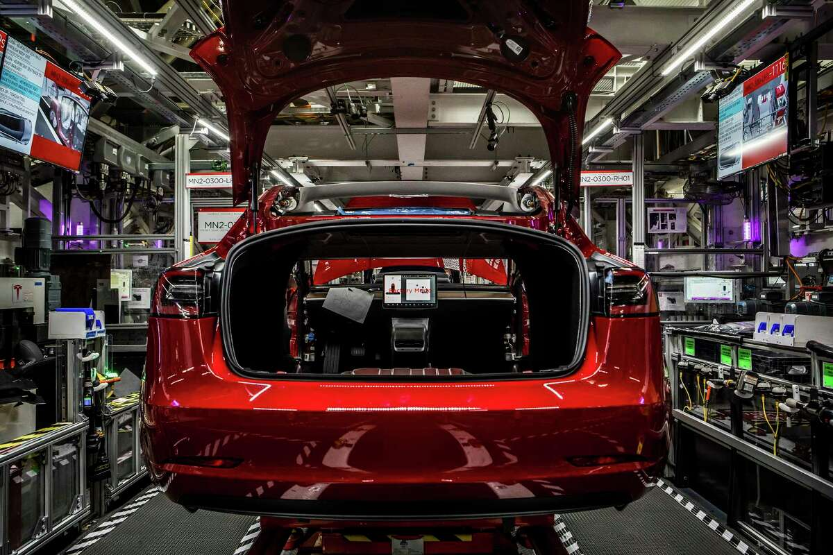 A Model 3 sedan on the assembly line at the Tesla factory in Fremont, Calif., June 14, 2018. The Securities and Exchange Commission filed a lawsuit on Sept. 27, 2018, against Elon Musk, Tesla's chief executive, accusing him of making false public statements with the potential to hurt investors. (Christie Hemm Klok/The New York Times)