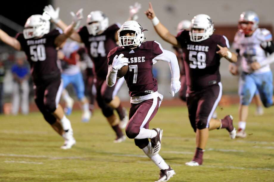 Silsbee Tiger, Jalen Davis, 7, makes a reception and then takes it the distance for a touchdown against the Lumberton Raiders.  Friday, September 28, 2018  Drew Loker/special to The Enterprise Photo: Drew Loker / The Enterprise / DrewLoker.com
