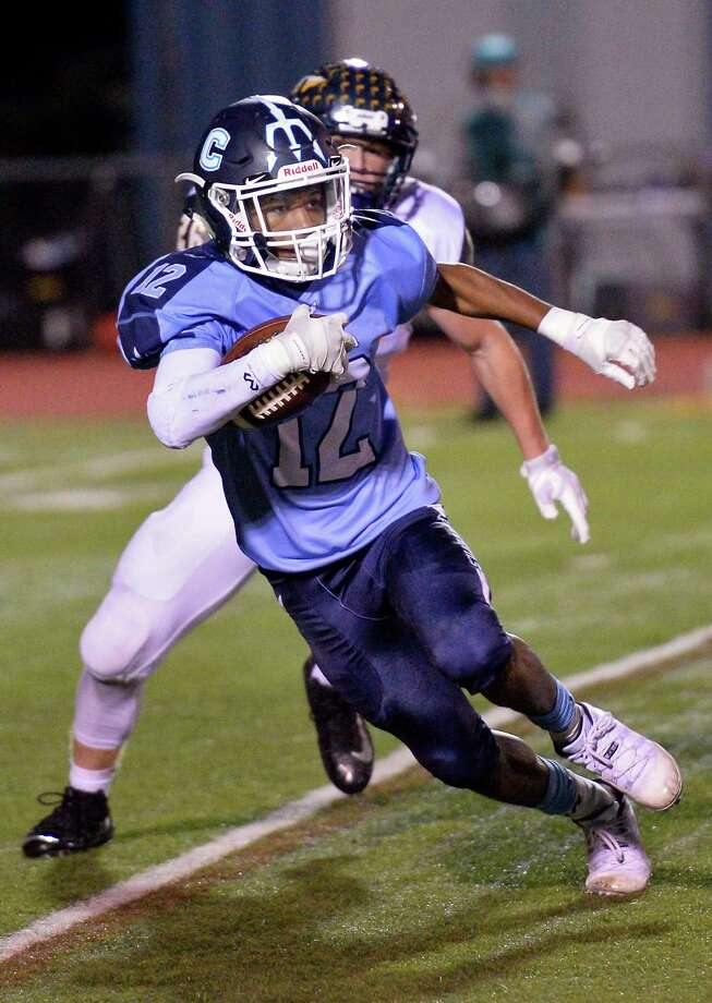 Columbia's #12 Darryl Williams carries the ball during Friday night's game against Averill Park Sept. 28, 2018 in East Greenbush, NY.  (John Carl D'Annibale/Times Union) Photo: John Carl D'Annibale / 20044921A