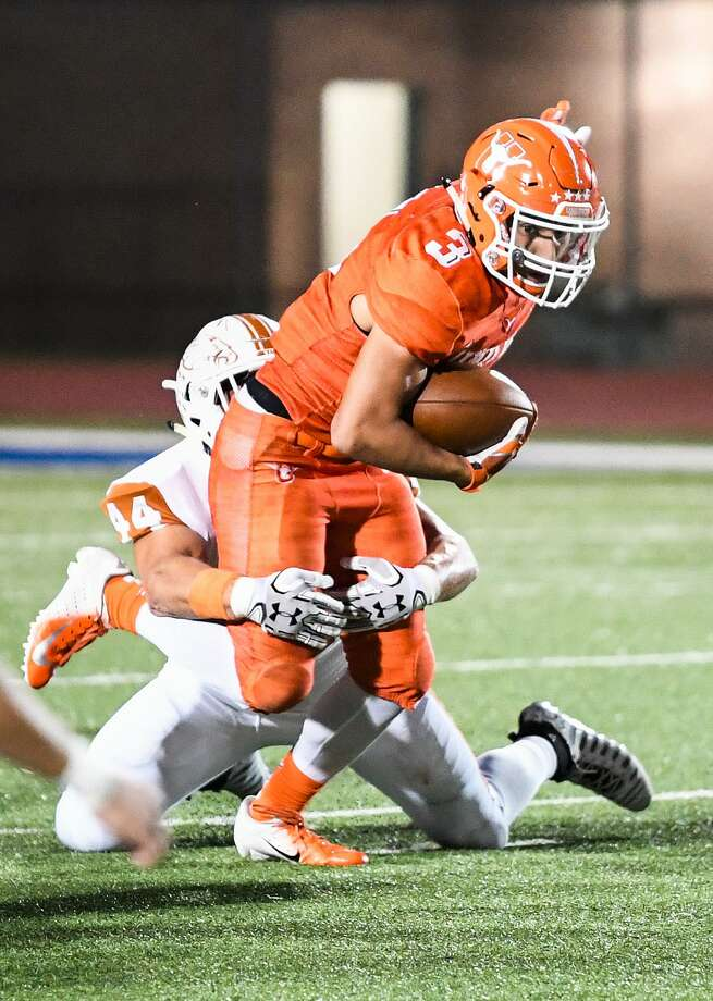 United High School played a game against Eagle Pass High School on Friday, Sept. 28, 2018, at the Bill Johnson Student Activity Complex. Photo: Danny Zaragoza /Laredo Morning Times File