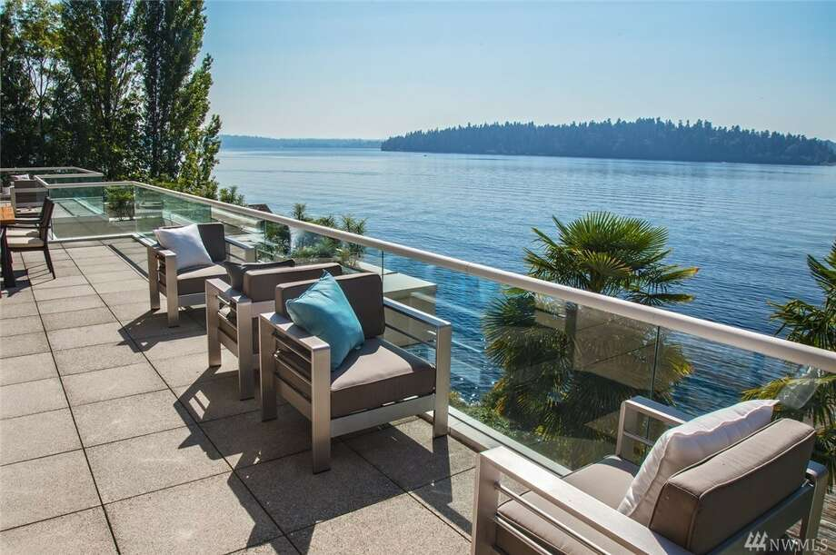 Take a tour of the modern Mercer Island mansion, asking $10.5 M Photo: Michael Walmsley Via Windermere