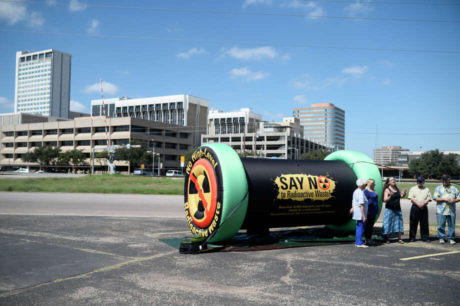 An inflatable life-size model of casks used to transport nuclear waste material is displayed Saturday near the intersection of Main Street and Industrial Avenue. Photo: James Durbin / ? 2018 Midland Reporter-Telegram. All Rights Reserved.