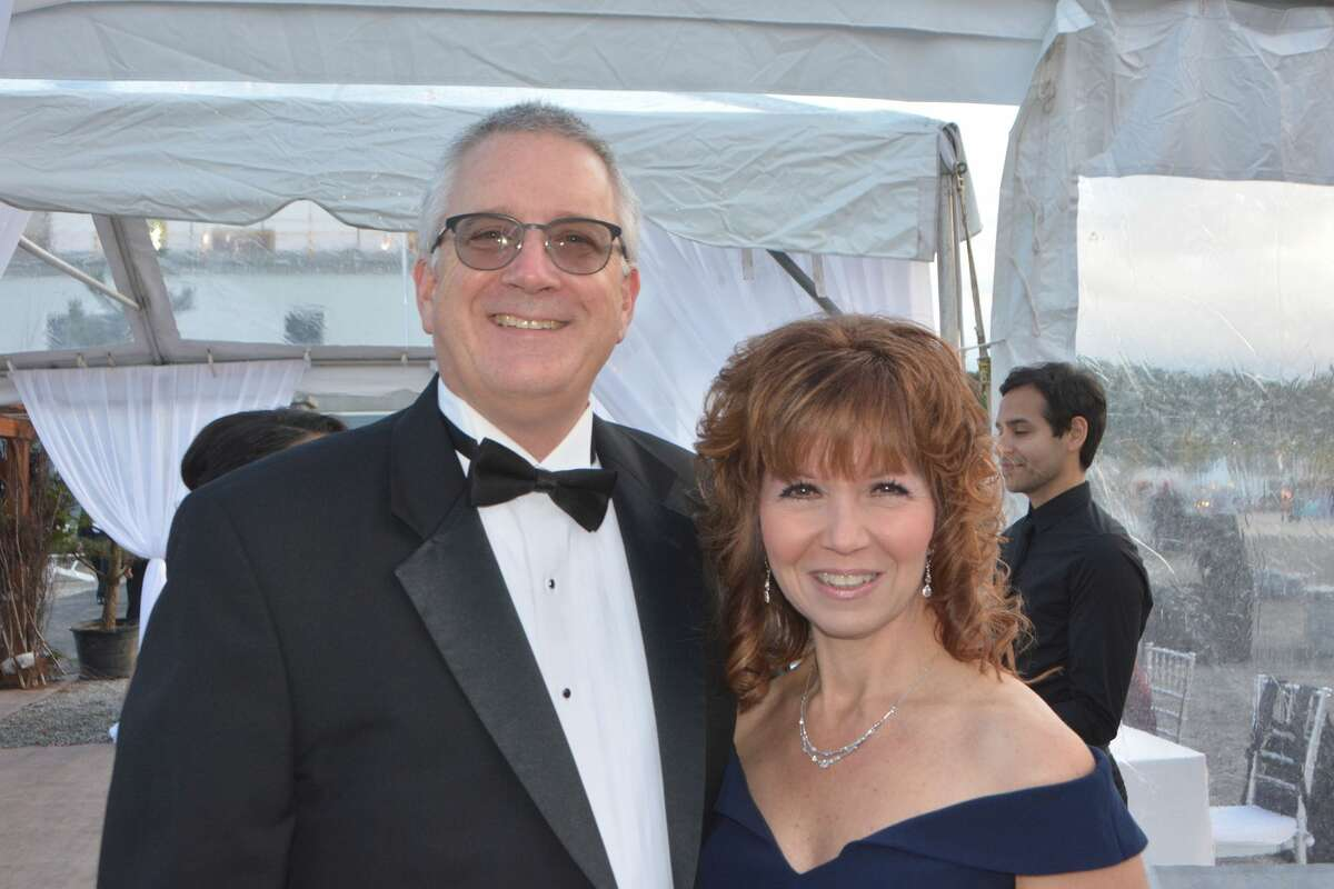 The 2018 Griffin Hospital Gala took place at Quarry Walk in Oxford on September 29, 2018. Guests enjoyed food, auction items, music and dancing. Proceeds from the event benefitted the development of this next-generation population health approach. Were you SEEN?