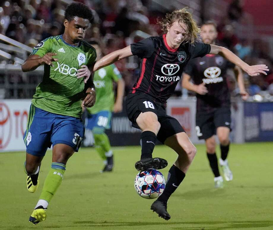 San Antonio FC's Ethan Bryant controls the ball during the first half of Saturday's United Soccer League match vs. Seattle Sounders FC 2 at Toyota Field. Photo: Darren Abate /USL / Darren Abate Media LLC