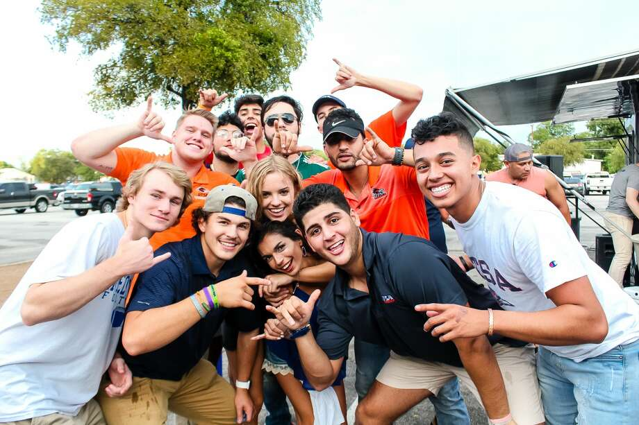 Before watching the University of Texas at San Antonio win against The University of Texas at El Paso, Roadrunners enjoyed pre-game festivities Saturday, Sept. 29, 2018 at the Alamodome. Photo: Jason Gaines For MySA.com
