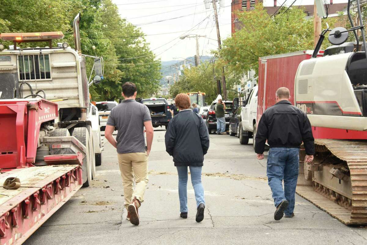 Albany Mayor Kathy Sheehan, center, arrives, again, to the scene after a multi-home fire on Sheridan Ave. on Sunday, Sept. 30, 2018 in Albany, N.Y. (Lori Van Buren/Times Union)
