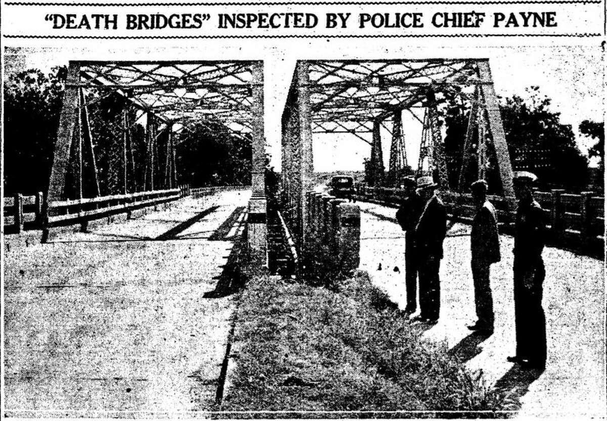 The twin bridges looking east toward La Porte, seen here in the Oct. 19, 1936, Houston Chronicle.