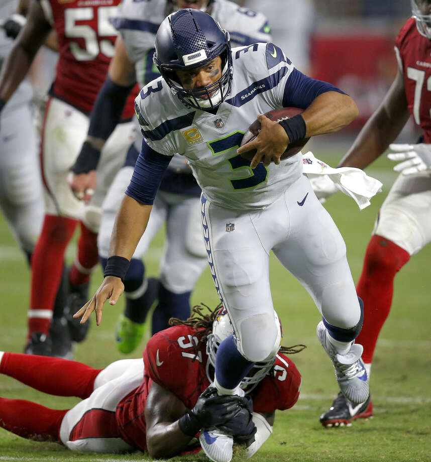 723b5ac3 Russell Wilson becomes Seattle Seahawks' all-time winningest starting QB
