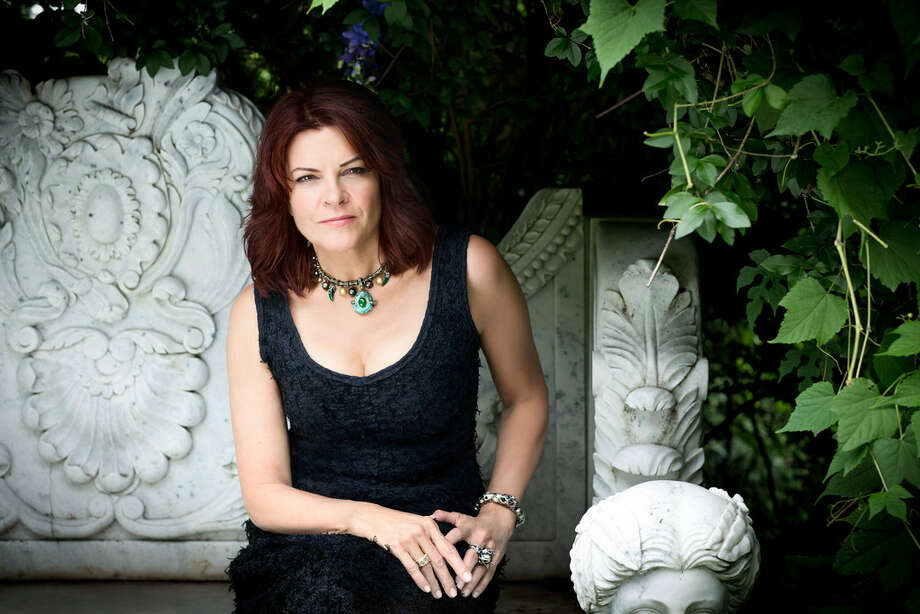 Rosanne Cash will perform Saturday in front of the Presidio County Courthouse. Photo: Courtesy Photo
