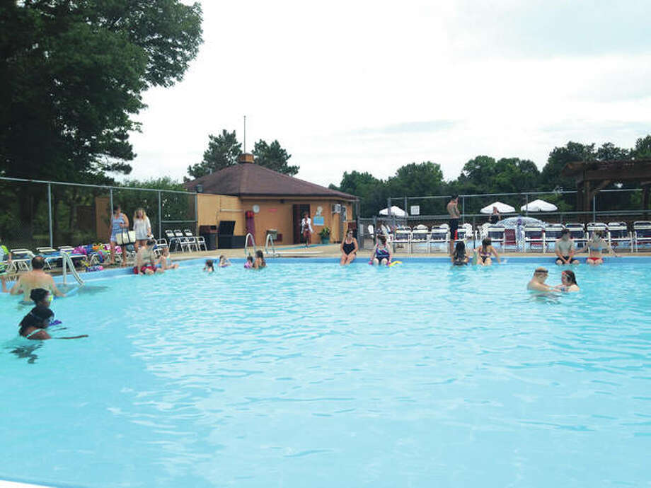 The Edwardsville/Glen Carbon Community Pool on the SIUE campus.