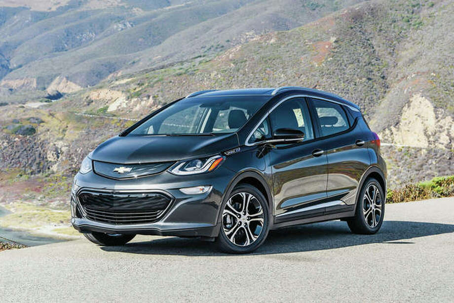 This undated photo provided by GM shows the 2019 Chevrolet Bolt, an electric car that gets 238 miles of range on a charge. Photo: Associated Press