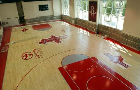 (9/16/03) Houston Rocket's practice court, at the new Toyota Center, downtown Houston.