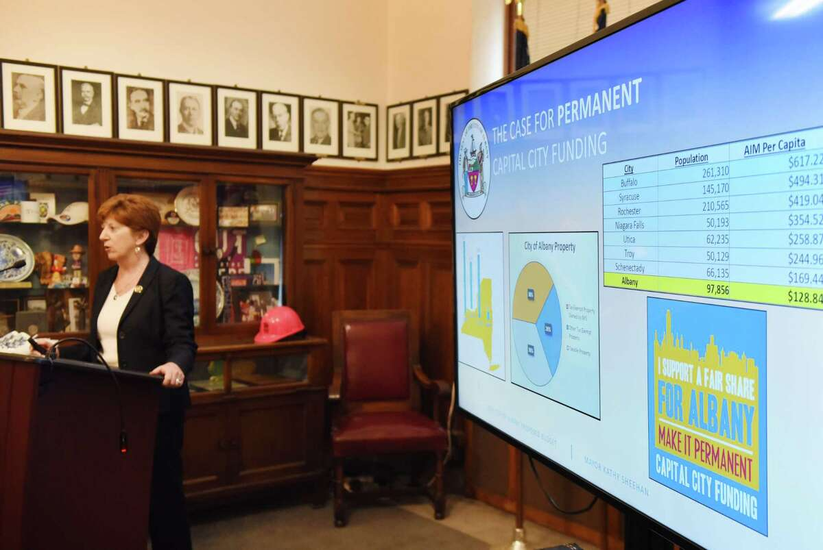 Albany Mayor Kathy Sheehan presents her 2019 proposed budget on Monday, Oct. 1, 2018, during an announcement at City Hall in Albany, N.Y. (Will Waldron/Times Union)