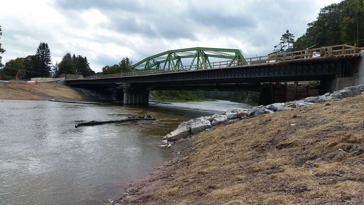 One lane of the new Prattsville Bridge over the Schoharie Creek in Greene County opened on Monday, Oct. 1, 2018. The original bridge was heavily damaged by Hurricane Irene in 2011. (NYS Department of Transportation)
