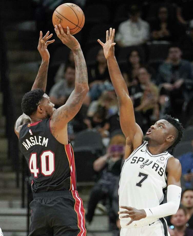 Spurs Rookies Shot Blocking Skills Impress Aldridge San Antonio