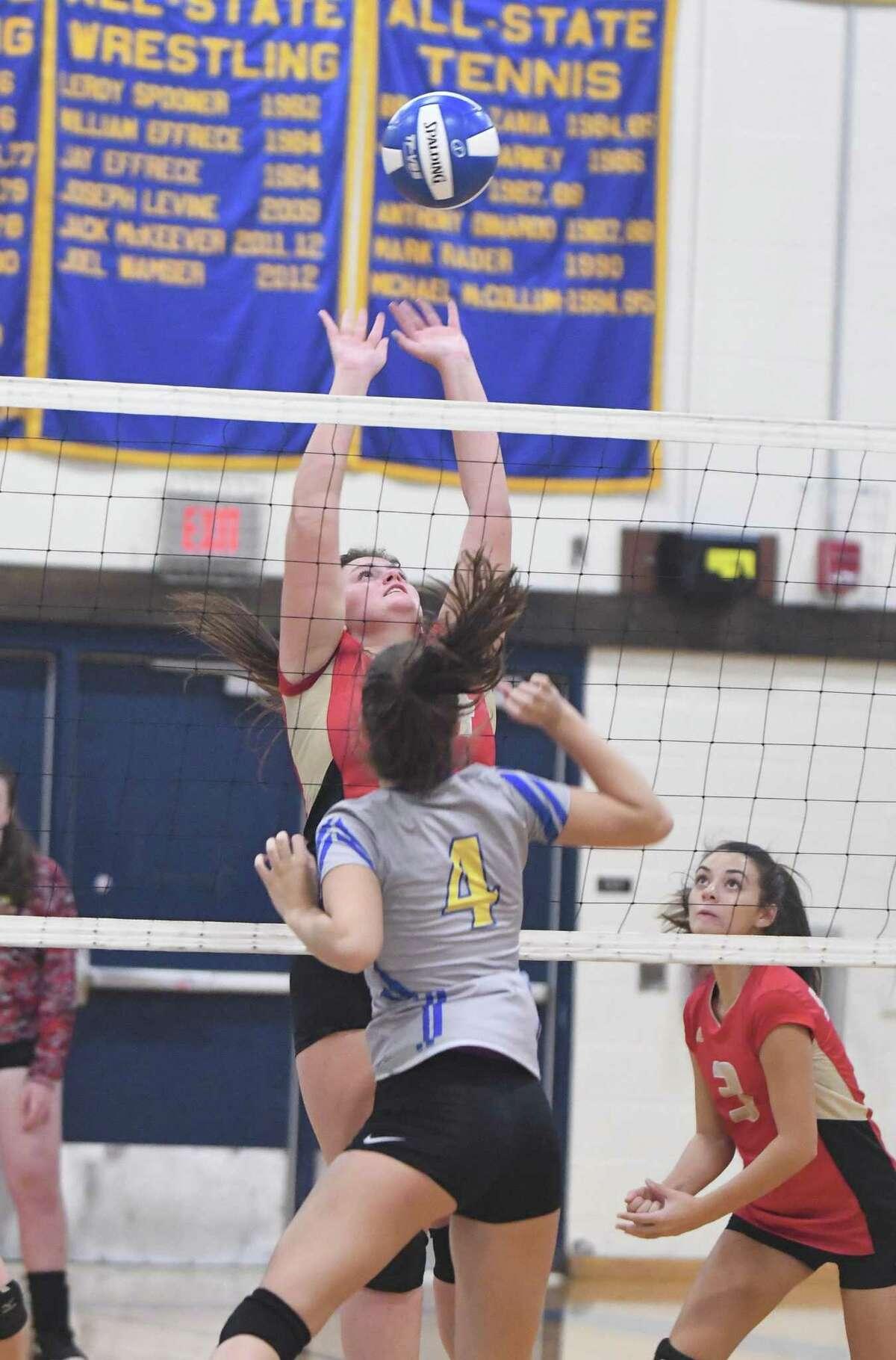 Stratford at Brookfield girls volleyball, Oct. 1, 2018.