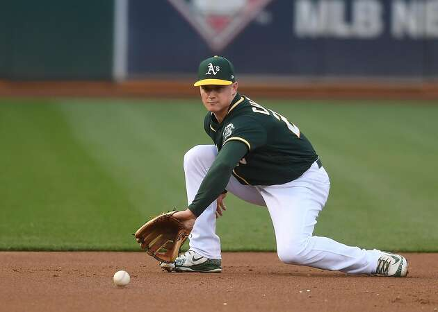 A's Chapman already hitting in cage after shoulder surgery