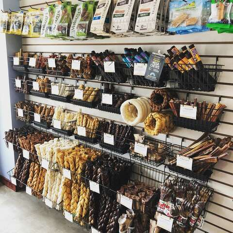 The most extra dog shops and bakeries in Houston to spoil your dog ...