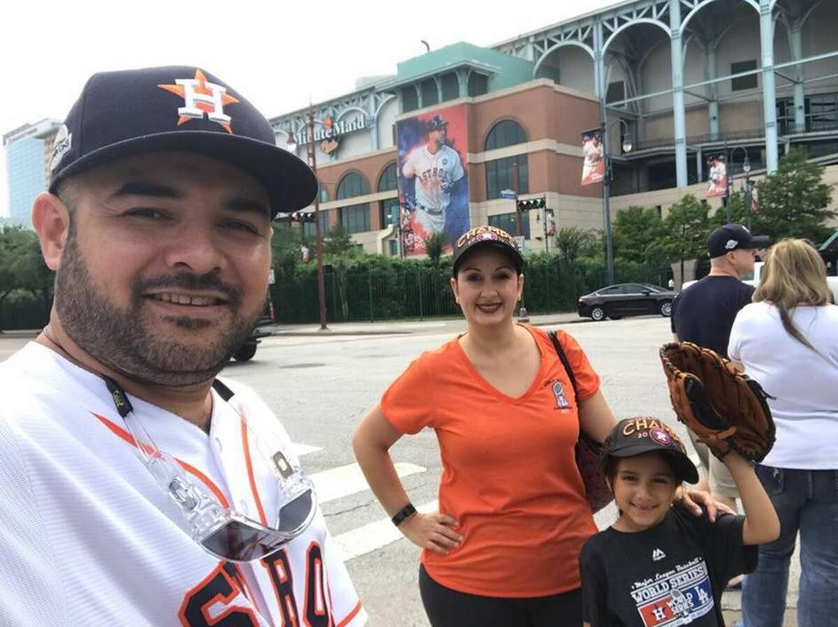 A family friend was able to capture on camera a young girl at a Houston Astros game belting out the National Anthem like she was auditioning for a Broadway show. The performance, gaining traction online, was captured at an Astros game last season at Minute Maid Park. Her mother Winderlee Nerios told Chron.com this week that her daughter, seven-year-old Xcarlee Ramon, has always been fond of the anthem.