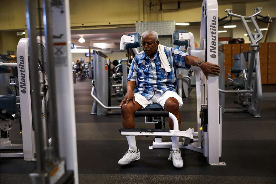 Henry Granger pauses for a moment while exercising at 24 Hour Fitness in Santa Rosa in September. Photo: Gabrielle Lurie / The Chronicle
