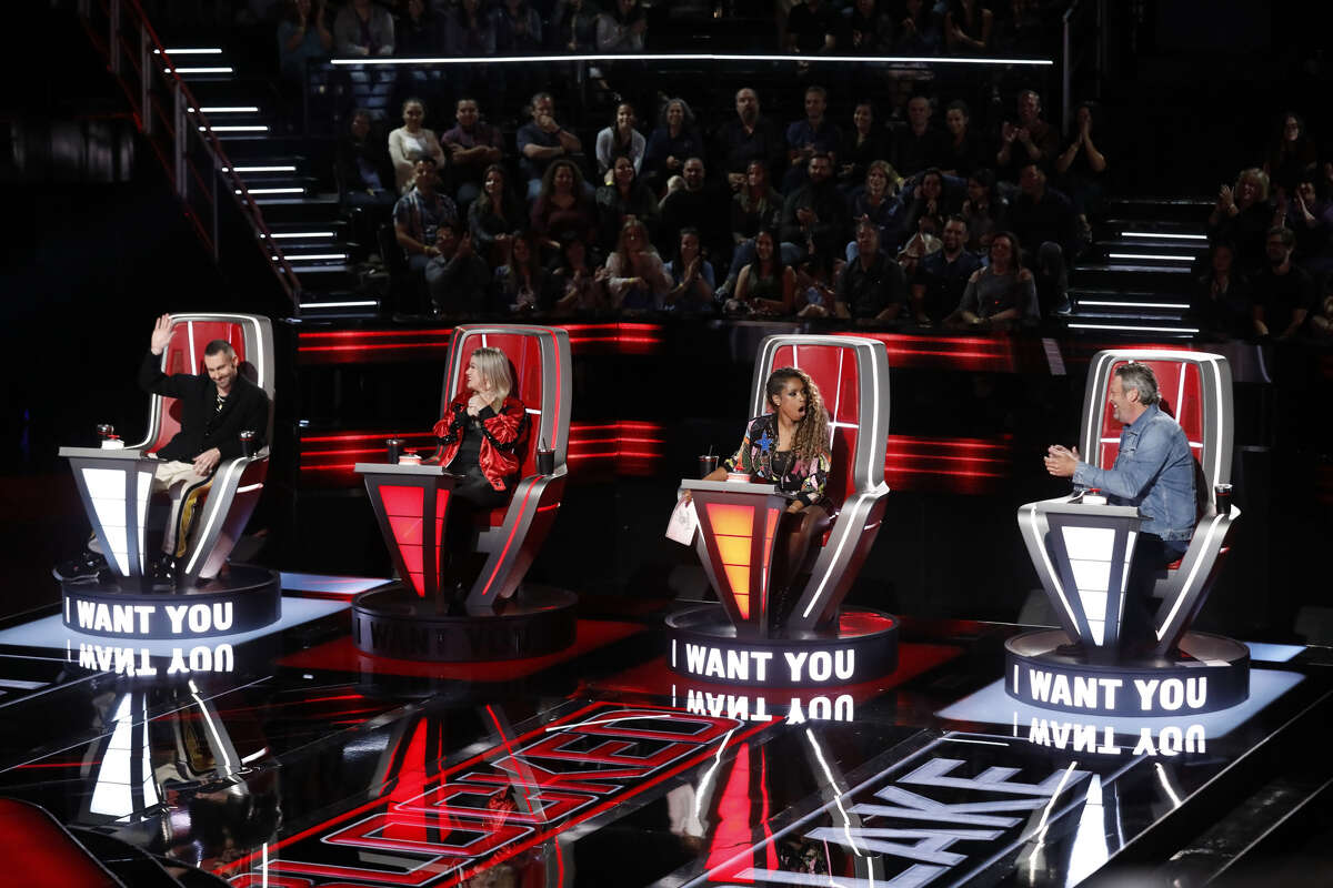 THE VOICE -- 'Blind Auditions' Episode 1501 -- Pictured: (l-r) Adam Levine, Kelly Clarkson, Jennifer Hudson, Blake Shelton --