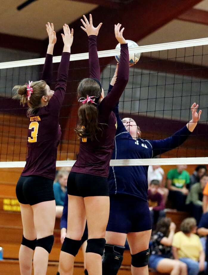 CPS at Deckerville — Volleyball Photo: Paul P. Adams/Huron Daily Tribune