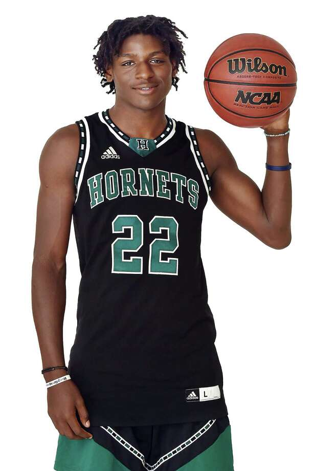 "Hamden Hall's Byron ""Tre"" Breland III has committed to play at NJIT. Photo: Catherine Avalone / Hearst Connecticut Media / New Haven Register"