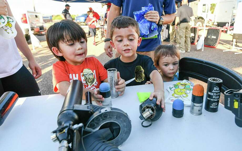 San Antonio-area communities will be taking part in National Nigh Out festivities on Tuesday, Oct. 1. Photo: Danny Zaragoza, Laredo Morning Times