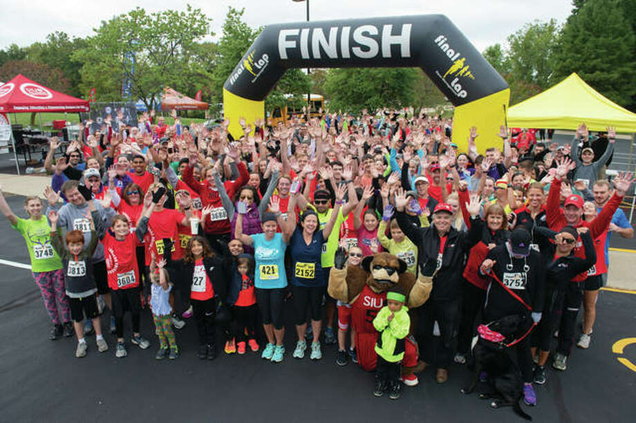 Nearly 350 crossed the finish line at the third annual Cougars Unleashed Homecoming Run. Photo: SIUE Photo