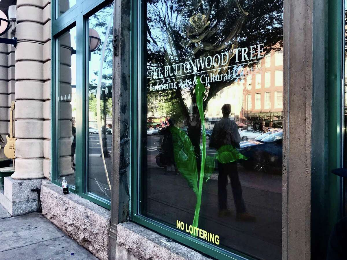 The Buttonwood Tree in Middletown