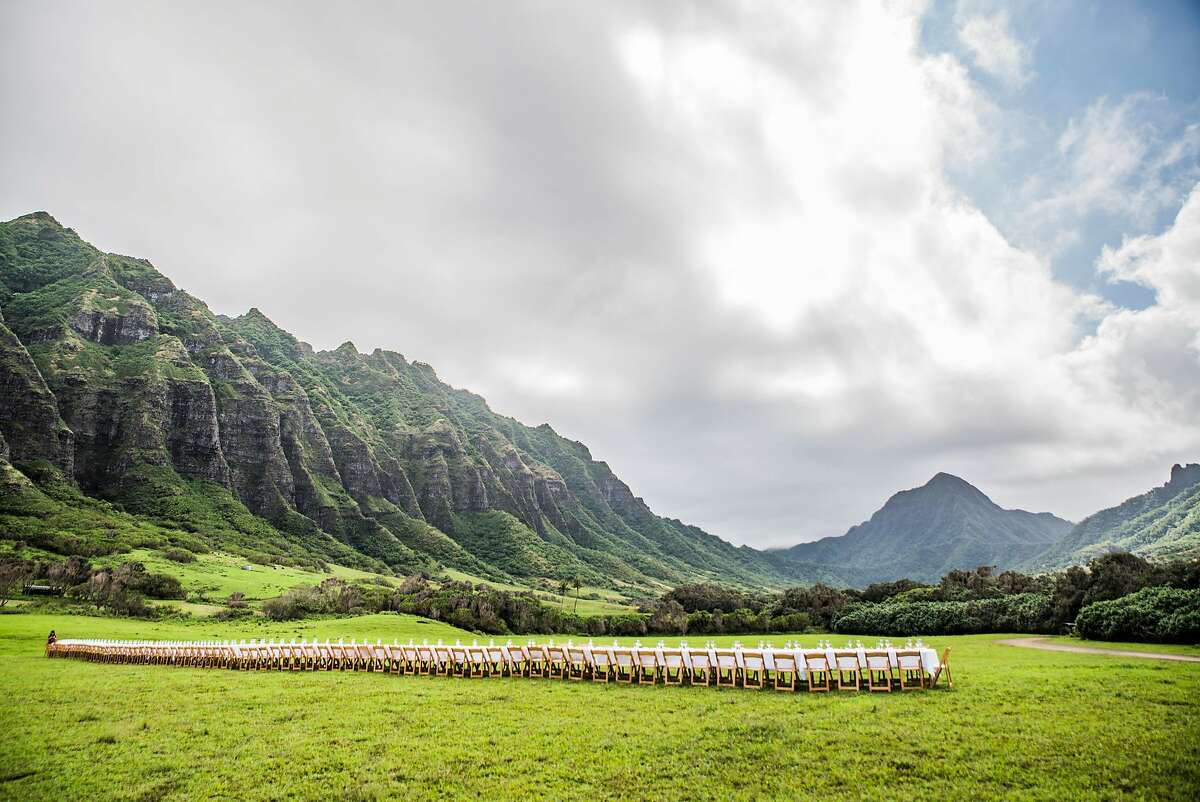 The table setting at the 2016 Outstanding In the Field event at Kualoa Ranch.