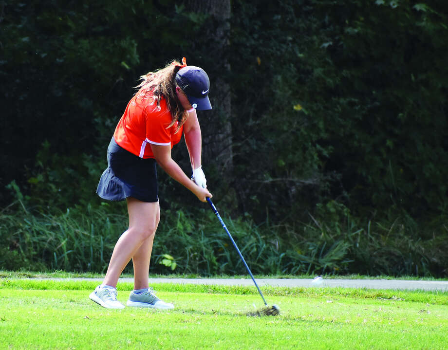 Edwardsville senior Lauren Coulter hits her tee shot on Hole No. 16 during the Class 2A Collinsville Regional on Wednesday at Arlington Greens Golf Course in Granite City. Photo: Matthew Kamp