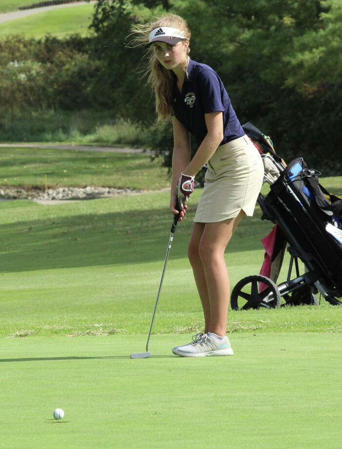FMCHS golfer Ellie Hyten watches her putt during the Class 1A Okawville Regional on Wednesday. Photo: Greg Shashack