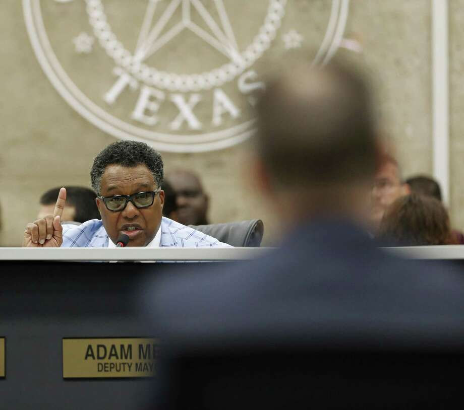 Dwaine Caraway, District 4 representative, asks questions to Atmos Energy representatives about gas lines to the City Council at Dallas City Hall in Dallas, Texas on April 18, 2018. Caraway has pleaded guilty to federal corruption charges, according to documents filed in Dallas federal court Thursday morning. (Nathan Hunsinger/Dallas Morning News/TNS) Photo: Nathan Hunsinger, MBR / TNS / Dallas Morning News