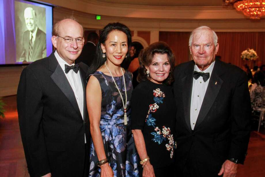 David Leebron and Y. Ping Sun, from left, with Linda and Dr. Walter McReynolds at An Evening in Rice's Honour, Rice University's bi-annual gala. Photo: Gary Fountain, Contributor / © 2018 Gary Fountain