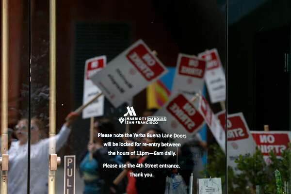 SF hotel strike by Marriott workers comes during busy