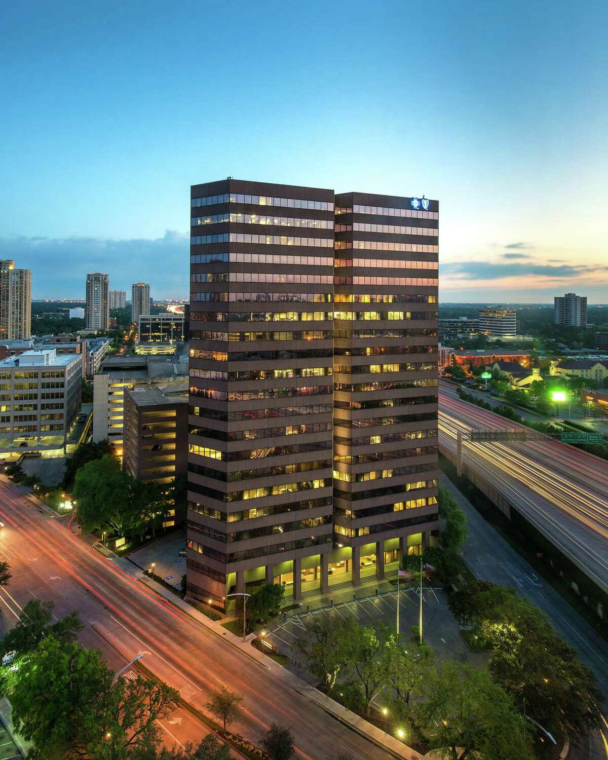 Thomas Title leased 3,860 square feet of office space at 1800 West Loop South.