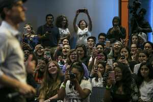 Students cheer during Beto O'Rourke's visit to UTSA, Thursday, Oct. 4, 2018. O'Rourke's visit was part of a college campus tour to incentivize traditionally low-turnout college students to vote.