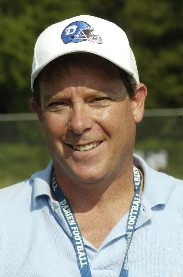 Darien High School coach Mitch Ross at football practice in Darien in 2010. Photo: Dru Nadler / ST / Stamford Advocate Freelance