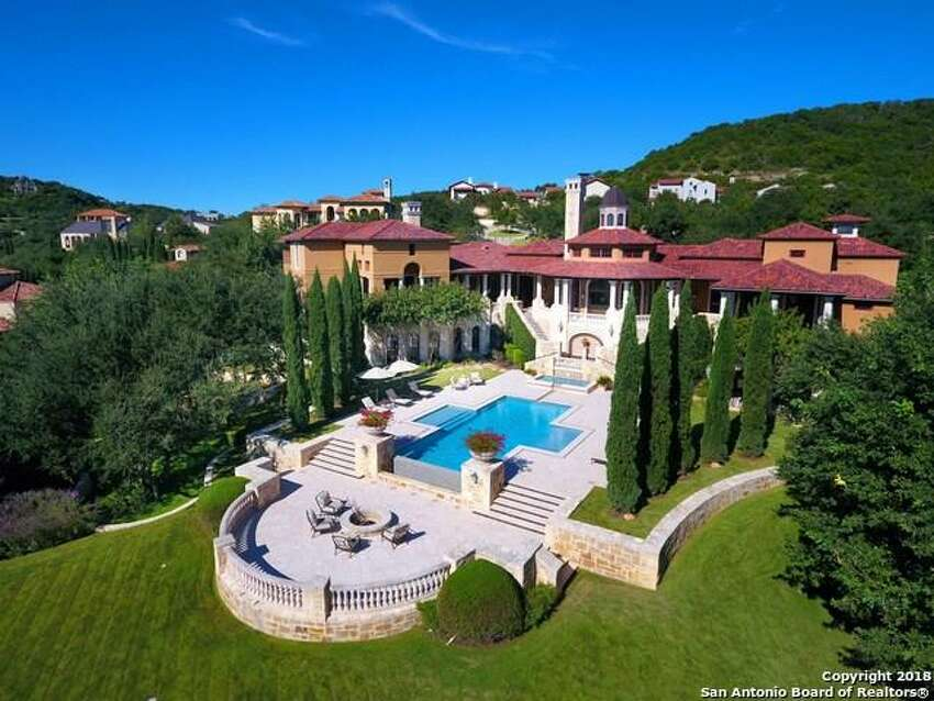 A LendingTree study determined that Texas has the largest median-sized houses in the country. Here are 10 large San Antonio homes currently on the market. 1.14 Crescent Park Size: 10,163 square feet Rooms: 6 Bathrooms: 6 full and 1 half Asking price: $5.9 million
