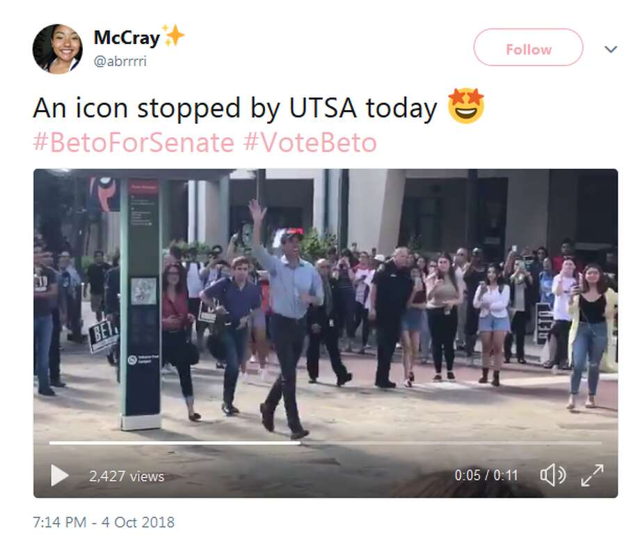 @abrrri: An icon stopped by UTSA today #BetoForSenate #VoteBeto Photo: Twitter Screengrabs