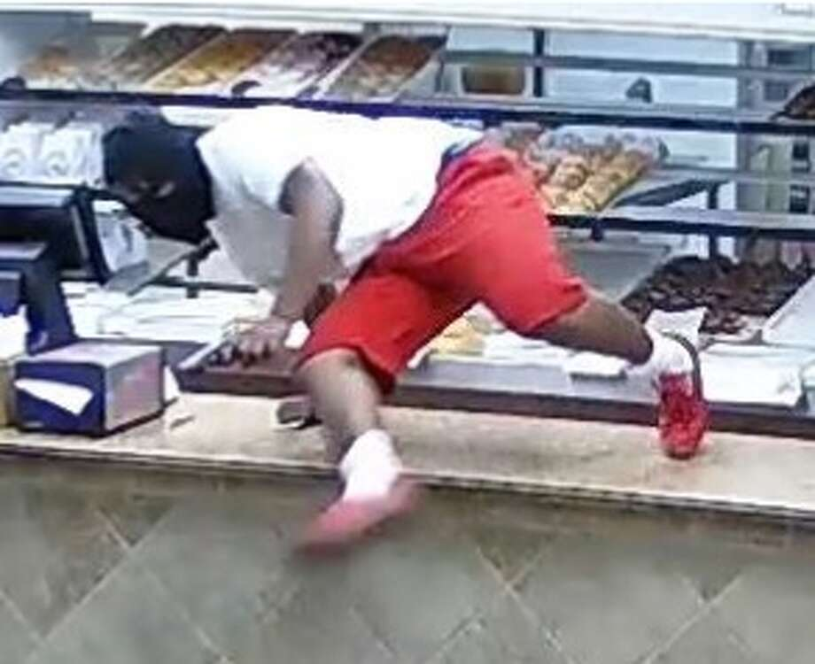 Baytown Police are looking for this man who allegedly robbed a the Snowflake Donuts shop located in the 1900 block of North Alexander Oct. 5, 2018. Photo: Baytown Police Department